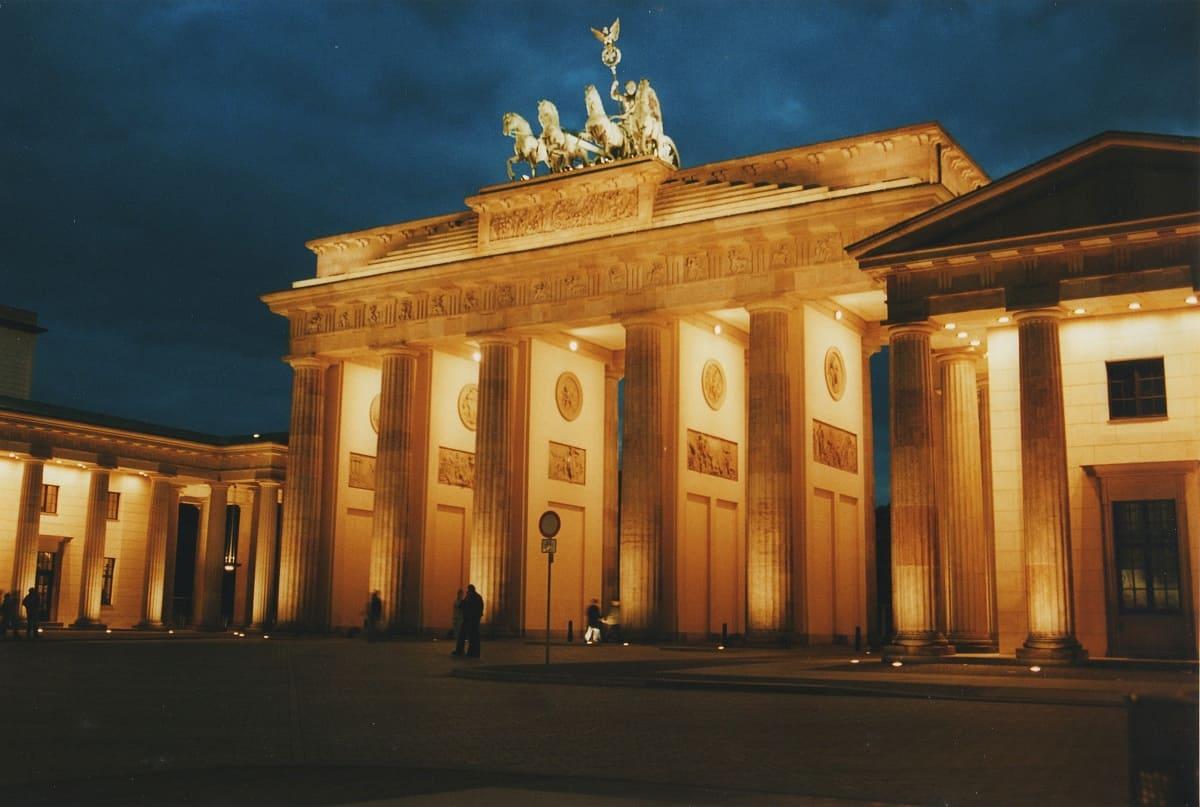Berlino in 3 giorni consigli utili per un week end lungo - Berlino porta di brandeburgo ...