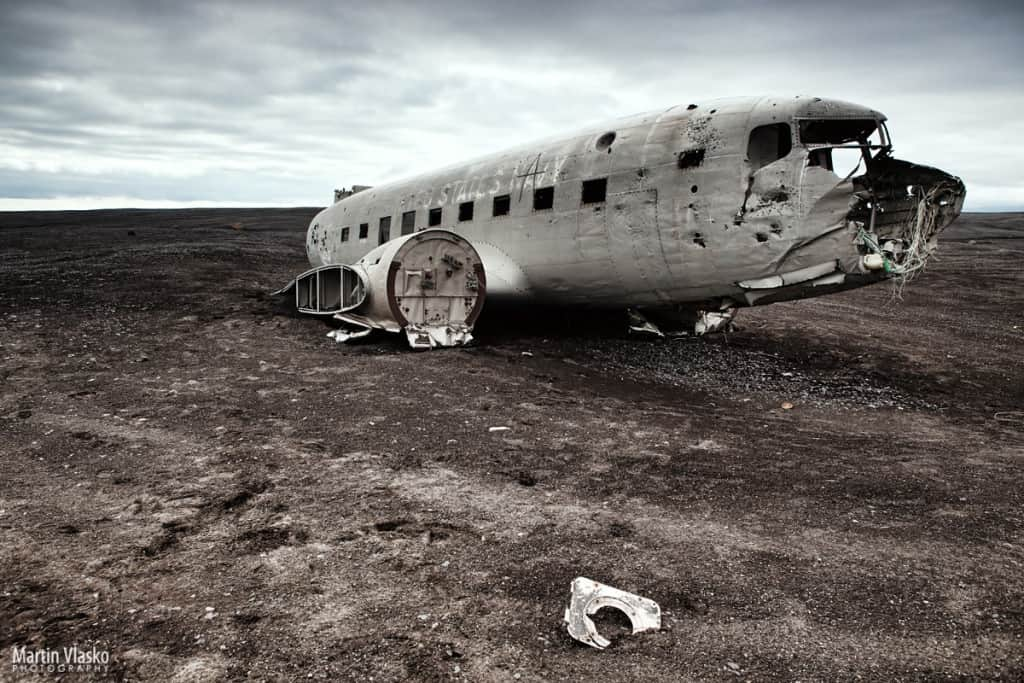 SÓLHEIMASANDUR plane crack - Foto presa da Internet