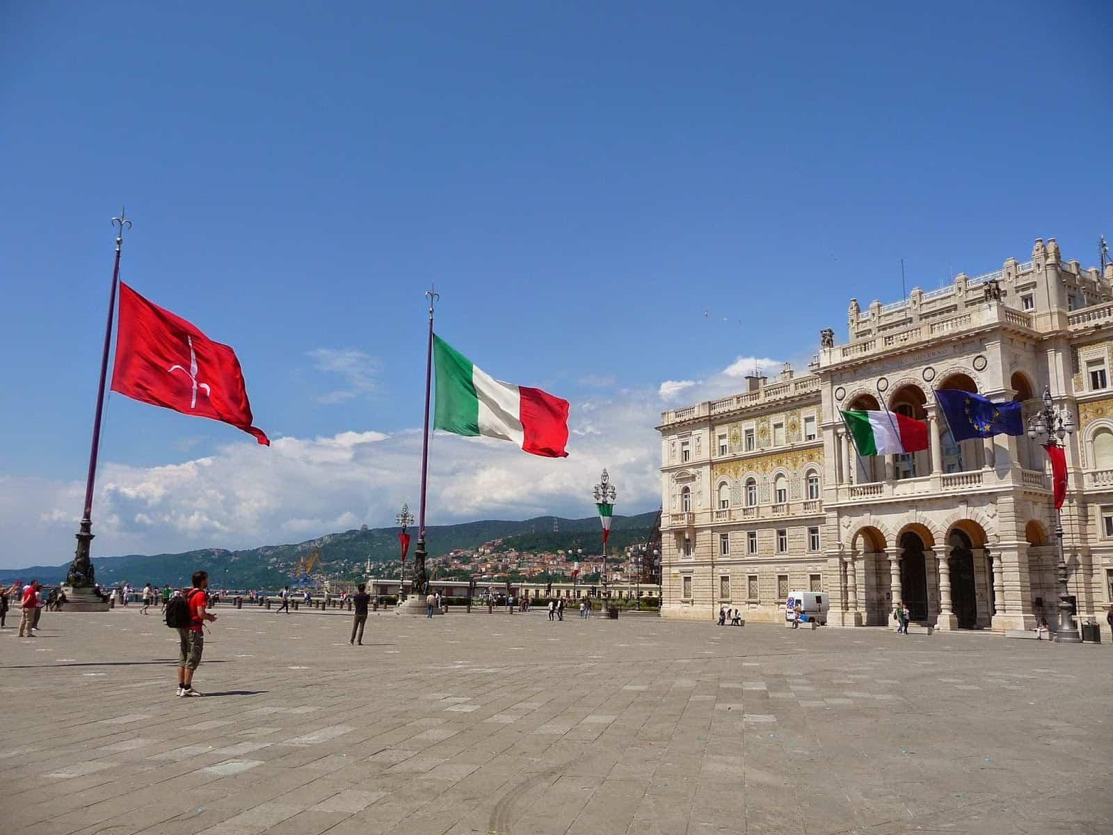 Trieste la citt aristocratica di confine for Subito it arredamento trieste