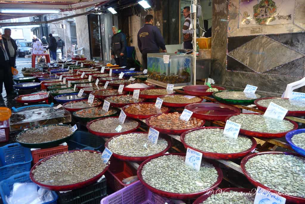 Napoli - il mercato del pesce di Porta Nolana