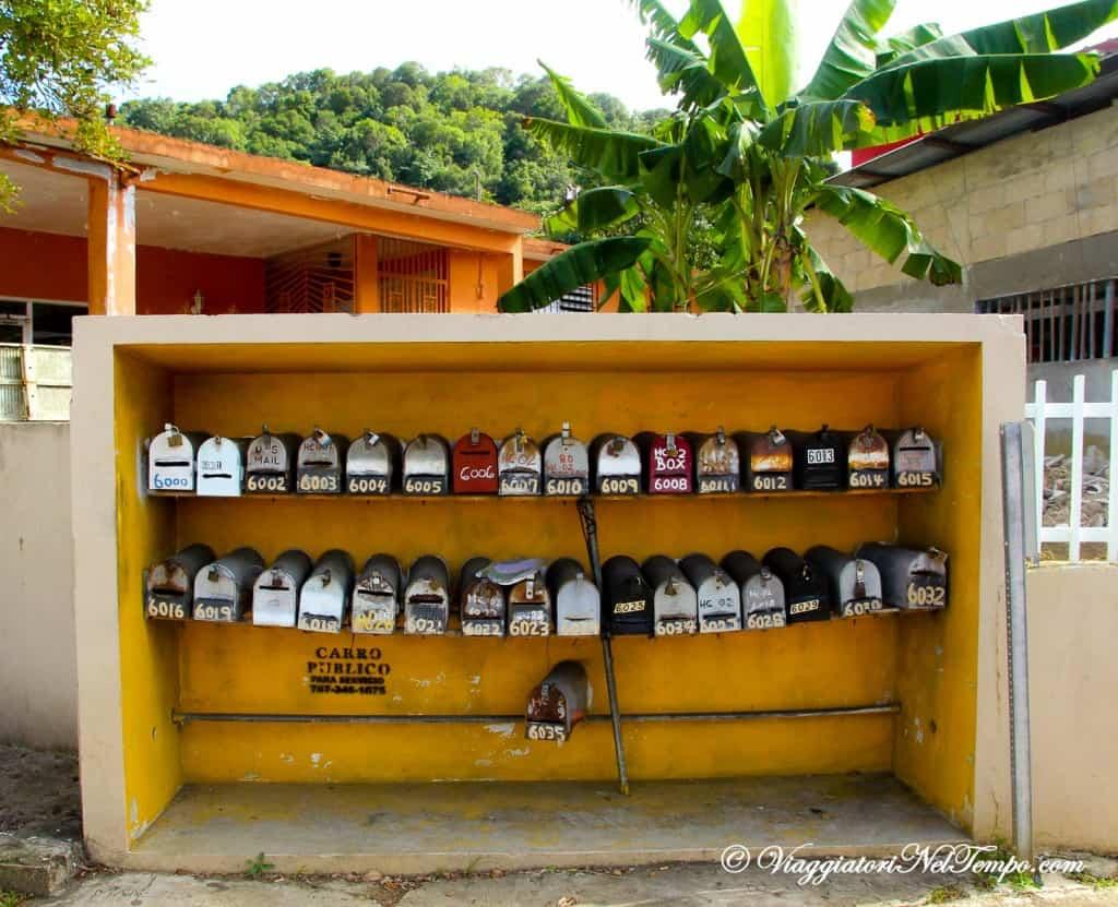 Portorico - racconto di viaggio: Stradina nei dintorni di Arecibo