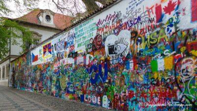 street art Praga Muro jonh lennon