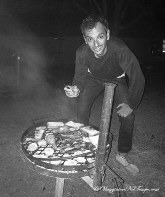 Fabio alle prese con la grigliata al Kruger!