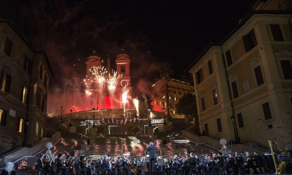 Roma scalinata Trinità dei Monti Piazza di Spagna